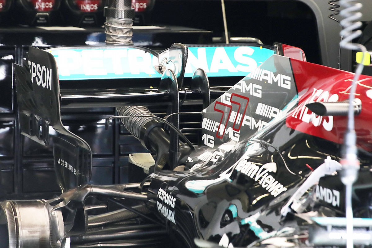 """Thumb for article title Horner: Mercedes' struggles with F1 engine reliability """"very unusual"""""""