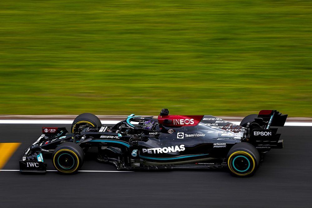 """Hamilton: """"Devo fare la pole per limitare i danni"""""""