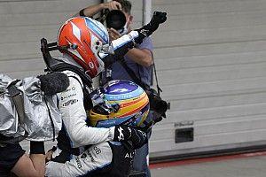 """Alpine: """"Lo impresionante de Alonso es cómo lee las carreras"""""""