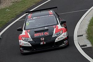 TCR Motorsport.com hírek TCR: Három autóval versenyez Dubajban Michelisz csapata