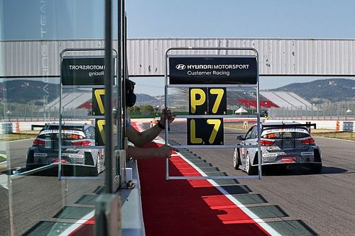 Video: Tarquini, la Hyundai i30 N TCR e una sfida... non troppo impegnativa