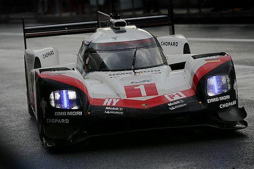 Fuji, Libere 1: le due Porsche 919 Hybrid svettano sotto la pioggia