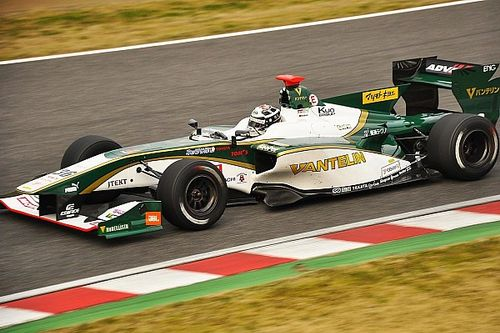 Lotterer leads first Super Formula test day as Gasly impresses