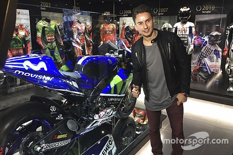 Lorenzo inaugura el museo de los campeones en Andorra