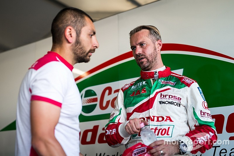 Monteiro to miss China WTCC race on medical grounds