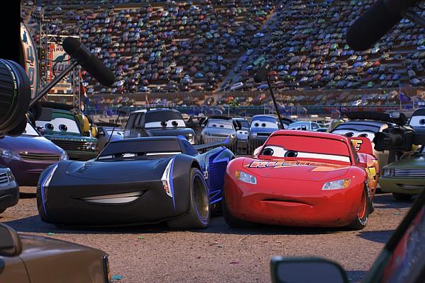 Geral Últimas notícias Disney inclui bordões de narradores em roteiro de Carros 3