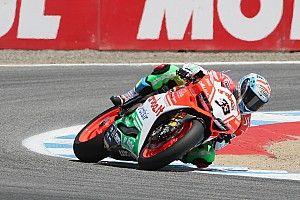 Ducati retains Melandri for 2018 WSBK season