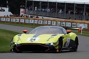 Auto Actualités L'Aston Martin Vulcan va faire ses débuts en course