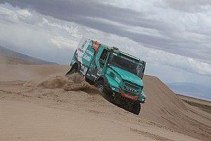 Де Рой захватил лидерство в зачете грузовиков на «Дакаре»