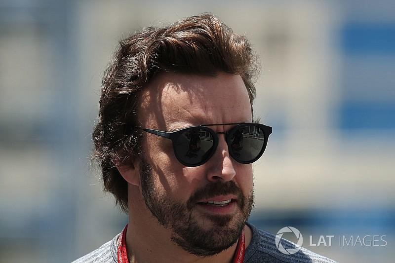 További - büntetés nélküli - új alkatrészek Alonso motorjába