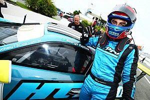 Rodrigo Baptista triunfa na abertura da Porsche GT3 Cup
