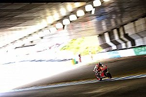 Motegi MotoGP: Marquez fastest as Lorenzo crashes hard