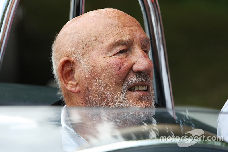 """Sir Stirling Moss stable in hospital after """"serious"""" chest infection"""