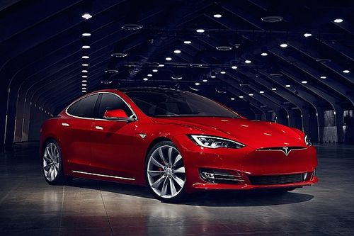 La Tesla Model S fait peau neuve