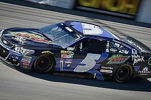 With first top five of the season, Kahne hoping it's a sign of things to come