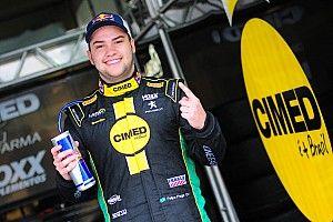 """""""Tirei 50 kgs das costas"""", diz Fraga após 1ª pole em 2 anos"""