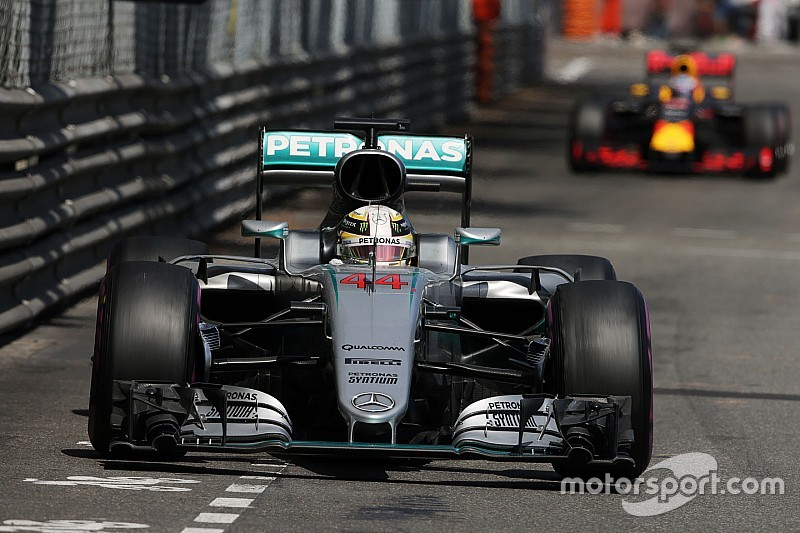 Stunning victory for Lewis Hamilton in chaotic Monaco GP