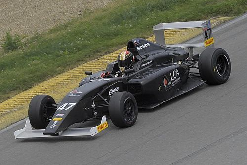 Czaczyk wins inaugural race of F4 US Championship