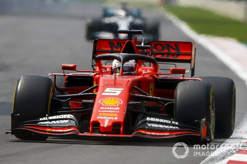 "Vettel: Current F1 mirrors leave drivers ""guessing"""