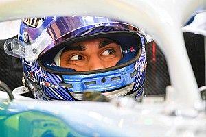 15 лет назад израильтянин насмешил Формулу 1 своей скоростью. В эти выходные в Гран При примет участие его сын