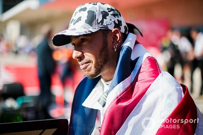 ÉLŐ F1-ES MŰSOR: Hamilton HATSZOROS F1-es világbajnok