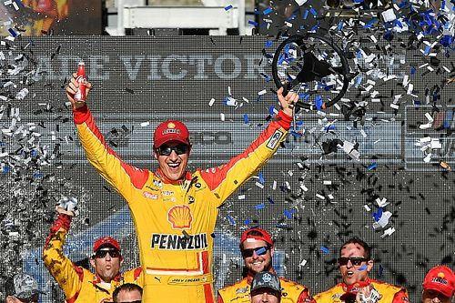 Joey Logano fends off Harvick for Phoenix Cup win in OT