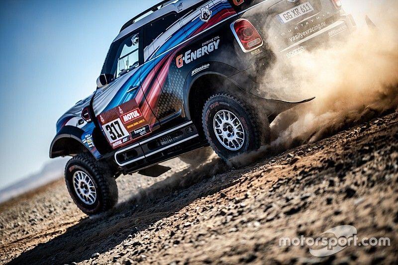 """Dakar adverte campeão de Cross Country por """"anotações proibidas"""""""