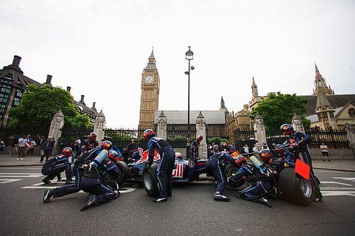Bijzondere Red Bull-demo's in de jaren '10: Pitstop in Londen