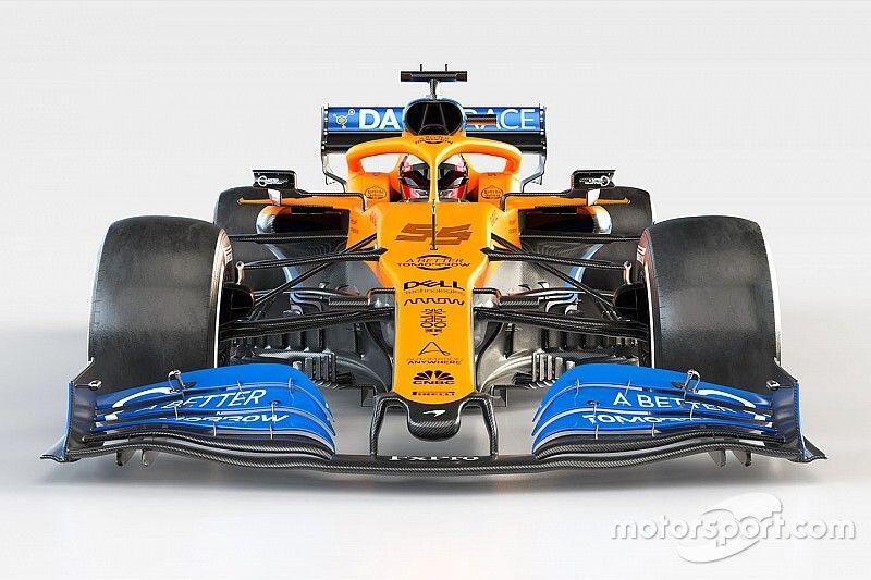 Галерея: McLaren MCL35 со всех ракурсов