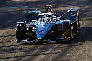Riyad ePrix: Sims op pole, De Vries derde in eerste kwalificatie