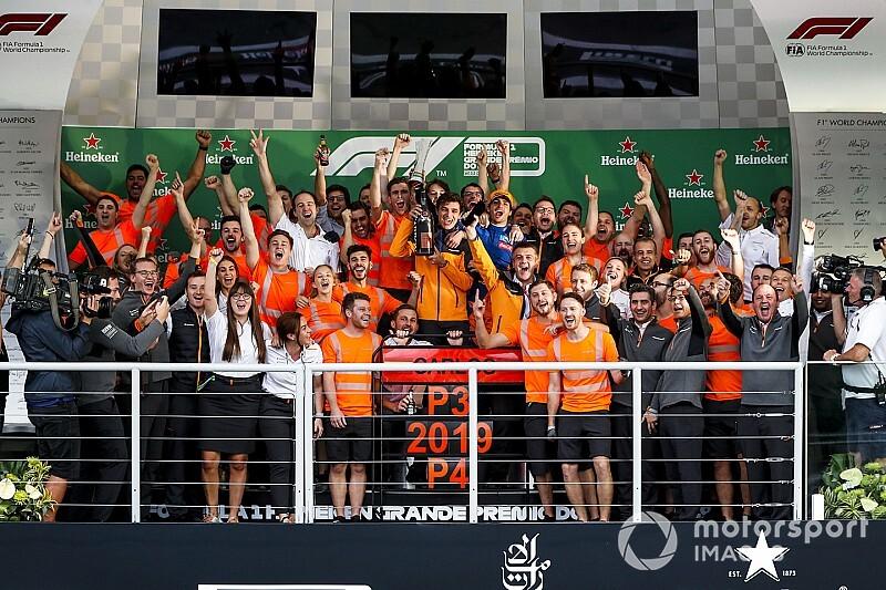 Sainz baalt van 'missen' podiumceremonie na beste race ooit
