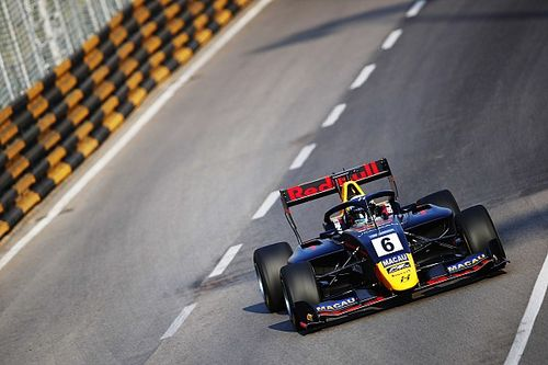 Macau GP: Vips takes controlled qualifying win