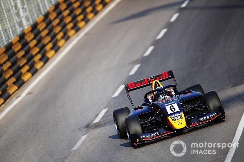 Macau GP, F3: dominio di Juri Vips nella Qualifying Race