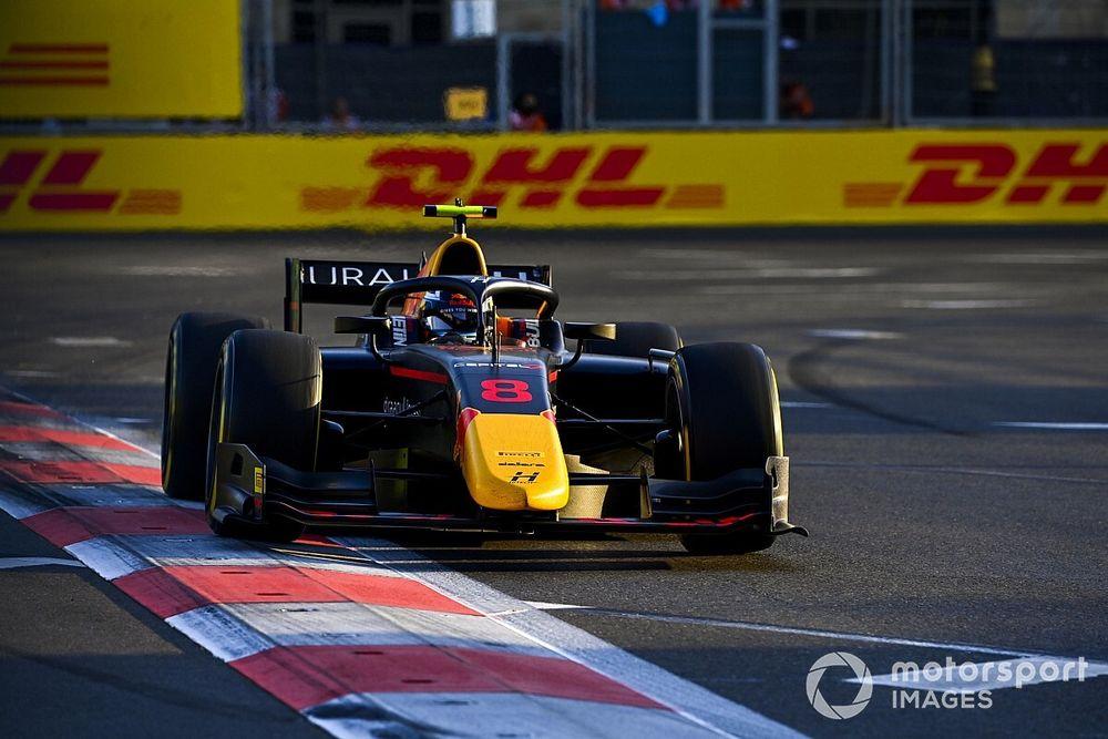 Jüri Vips az F2-es főfutamot is behúzta Bakuban a két Prema előtt