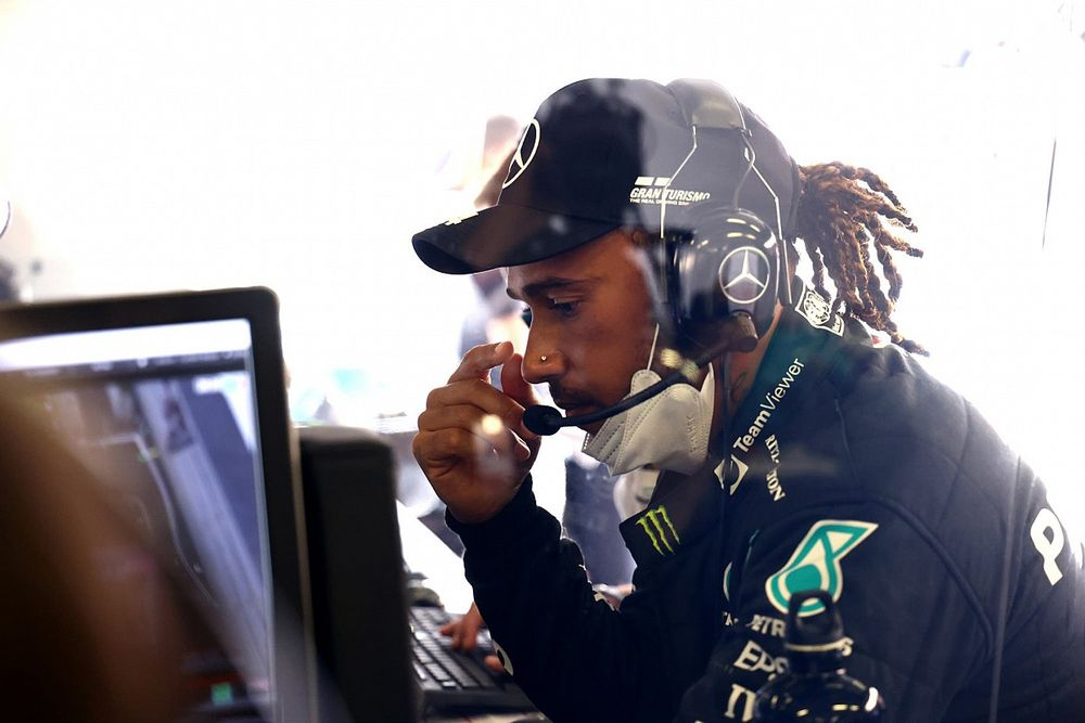 İngiliz basınına göre Hamilton, yeni Mercedes anlaşmasına yakın