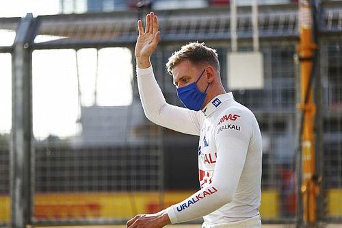 """Steiner: """"Mazepin, 2022'de Haas'ta kalacak, Schumacher'le görüşüyoruz"""""""