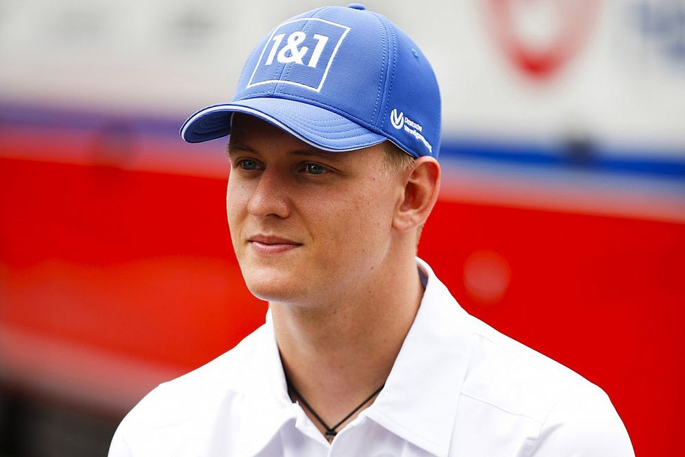 Schumacher: F1 parc ferme habit an 'open book' to learn