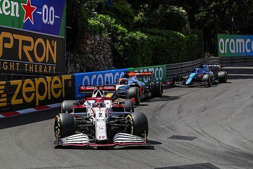 A szomjan maradt Räikkönen kiosztotta a csapatot Monacóban