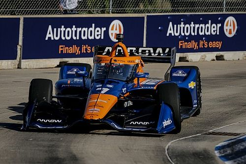 Magnussen ugrik be a sérült pilóta helyére a McLarenhez