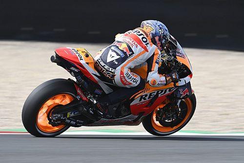 """Espargaro battling """"weakness of knowledge"""" on Honda MotoGP bike"""