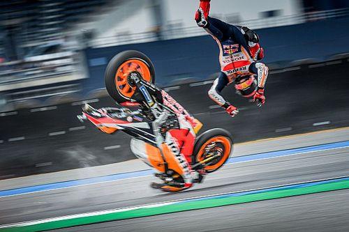 """Video, crash Márquez: """"Ho avuto paura di essermi fatto male"""""""