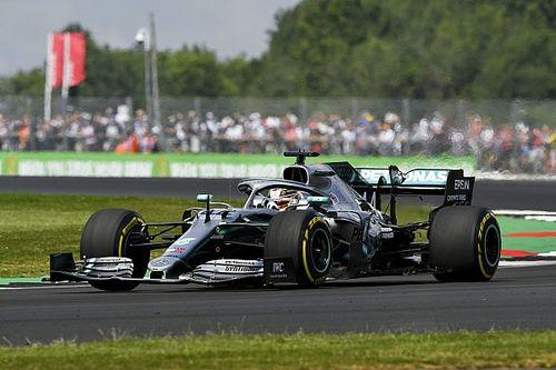 """Hamilton: """"Dovrò sfruttare il vantaggio di gomme sulla Ferrari"""""""