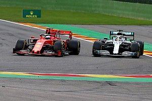 Videón, ahogy Vettel megnyeri Leclercnek a Belga Nagydíjat Hamilton ellen