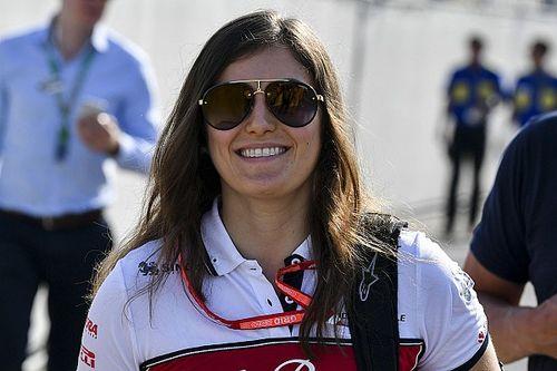 Meglepetés: a női F1-es tesztpilóta aláírt a Super Formula sorozatba