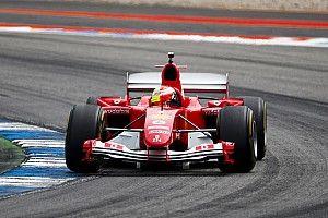 Photos - Mick Schumacher pilote la Ferrari F2004 de son père