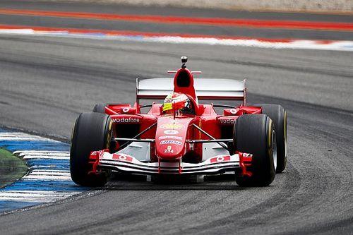 Aksi Mick Schumacher jajal Ferrari F2004