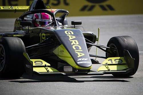 Norisring W Series: Garcia beats Chadwick to pole
