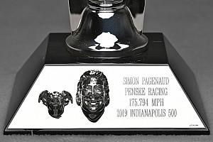 Un perro debuta en el trofeo de las 500 Millas de Indianápolis