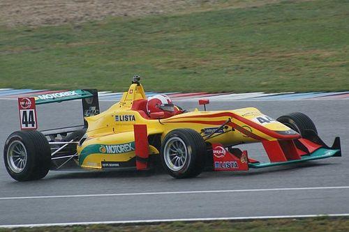 Sandro Zeller gewinnt erneut den Titel in der österreichischen F3