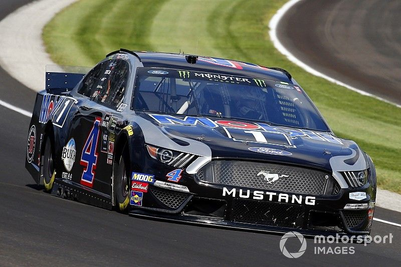 Late debris caution cements Harvick's Stage 2 win at Indy